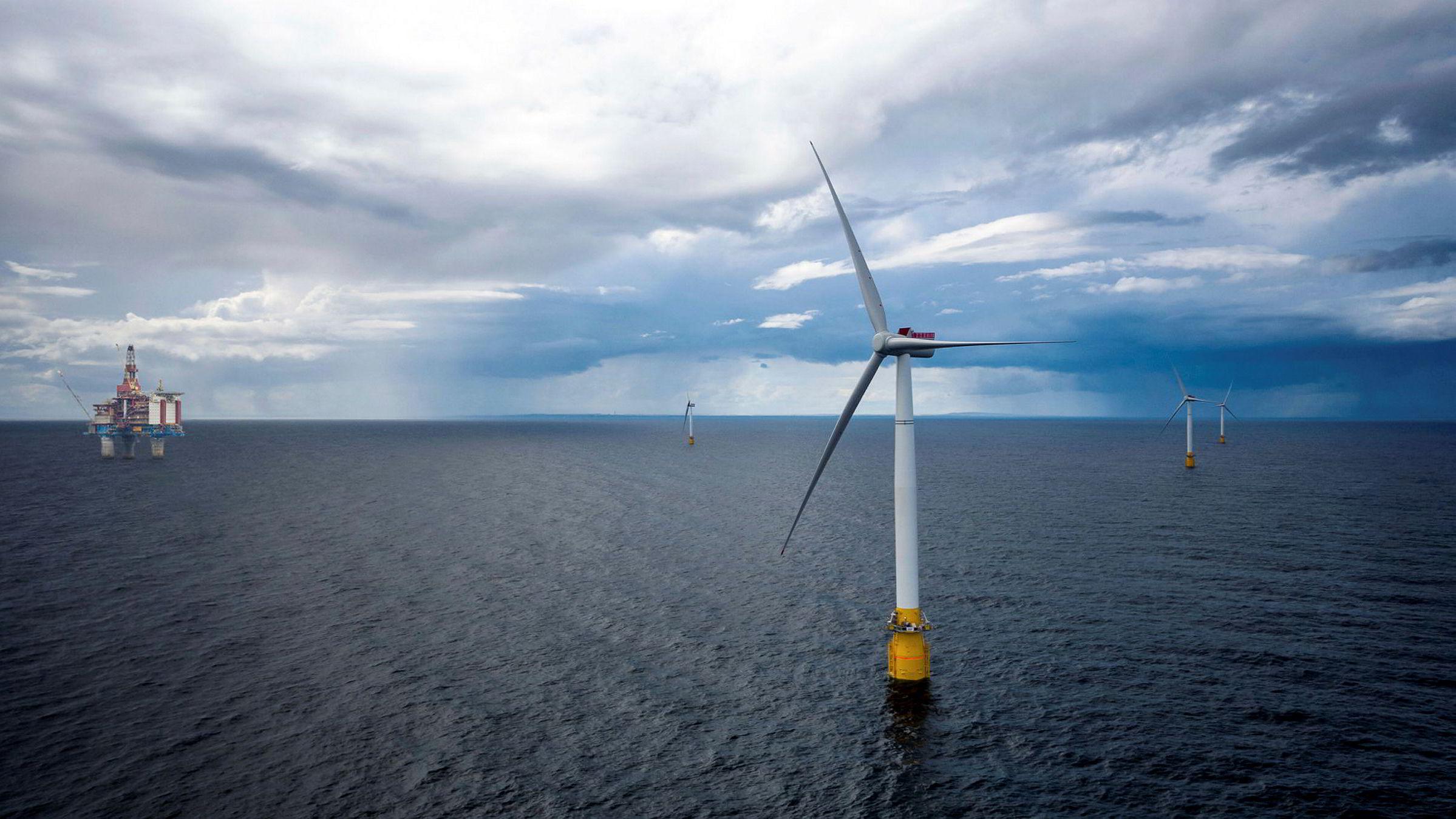 Equinors Hywind Tampen-prosjekt som skal levere elektrisitet til olje- og gassplattformene Gullfaks A, B, C og Snorre A og B, blir verdens største flytende havvindprosjekt.