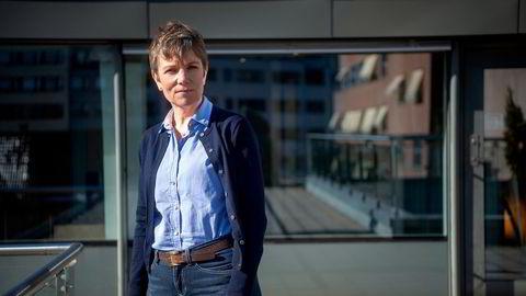 Marit Hermansen, leder Legeforeningen. Hun mener helsepersonell må frem i vaksinekøen.