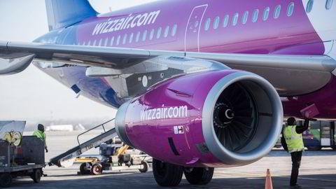 Ungarske Wizz Air har slått seg opp som et lavprisselskap i Øst-Europa, og inntar stadig nye markeder. Sist ute er norsk innenriks, men besetningen flys inn fra utlandet. Bildet er fra Budapest i Ungarn.