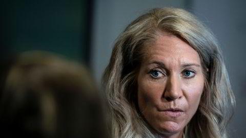 Leder Julie M. Brodtkorb i Norges Banks representantskap er bekymret for at den endelige avtalen med ny oljefondssjef ikke er vanntett.