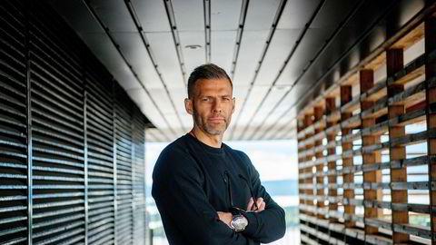 Klarna har bygget en solid posisjon innen netthandel, og nå inntar den svenske finansgiganten også butikkterminalene. Markedsdirektør Thomas Elvestad i Klarna Norge har tro på flerkanalstrategien.