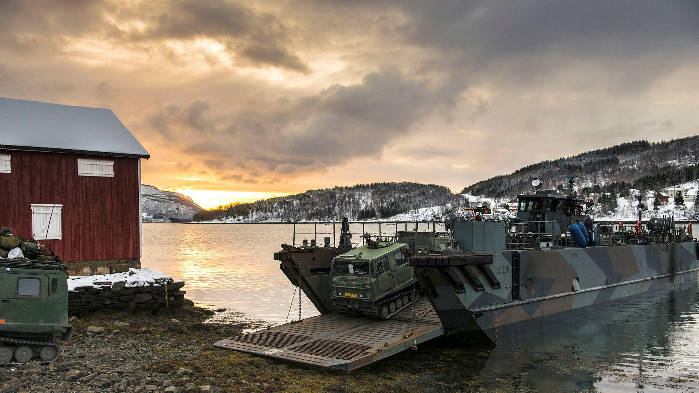 Forsvaret av Nord-Norge må baseres på en annen stridsidé enn bruk av mekaniserte bakkestyrker, skriver artikkelforfatteren.