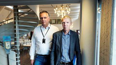 Tre dager etter at DN Magasinet publiserte en sak om Boligbyggs direktekjøp av leiligheter, gikk foretaket til anmeldelse for grovt økonomisk utroskap. Her er administrerende direktør Jon Carlsen og eiendomsdirektør Tom-Erik Holte i Boligbygg.