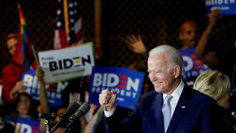 Joe Biden sikrer grepet.
