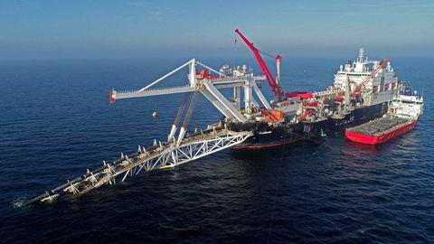 Skipet «Audacia» legger rør til Nord Stream 2 i dansk sektor i Østersjøen i fjor høst. Kort tid etter måtte rederiet Allseas innstille all virksomhet på grunn av sanksjoner mot Russland. Nå er nye og strengere sanksjoner på vei.