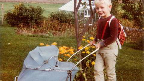 """Bjørn Hatterud har vunnet mange hjerter med sin lune bok """"Mjøsa rundt med mor"""". Han er også meget aktiv innen samtidskunst og som støymusiker."""