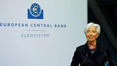 Den europeiske sentralbanken og dens sjef Christine Lagarde kan komme til å gå samme vei som USAs sentralbank: sikte mot inflasjon litt over to prosent, etter lenge å ha ligget lavere.