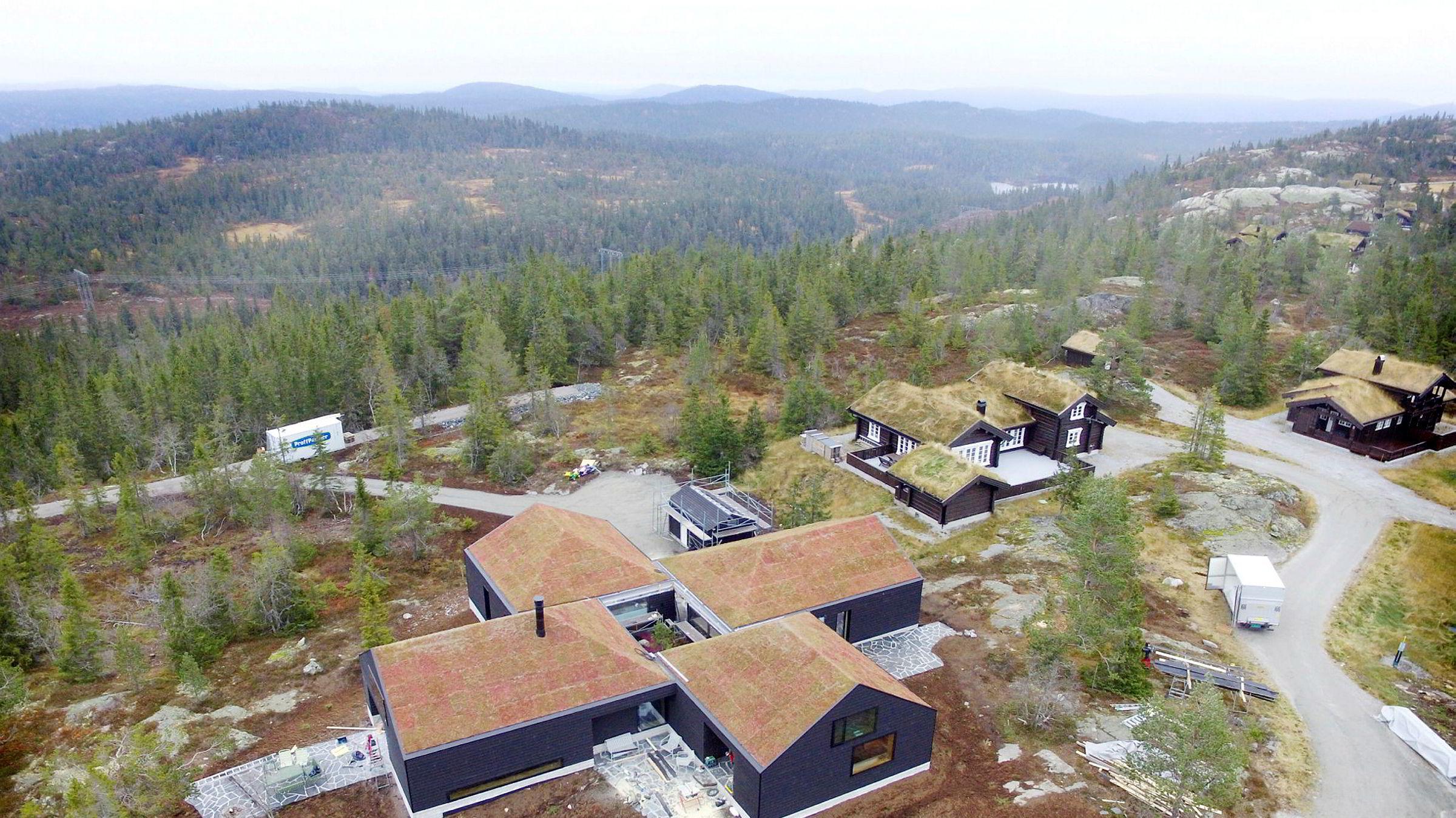 Den tidligere hytta til kraftinvestor Einar Aas i Telemark er nå solgt for andre gang i år.