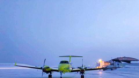 Fem av de nye Beech B250 ambulanseflyene til Babcock tas ut av tjeneste etter tekniske uregelmessigheter. Med seks operative fly betyr det at tjenesten nesten halveres.