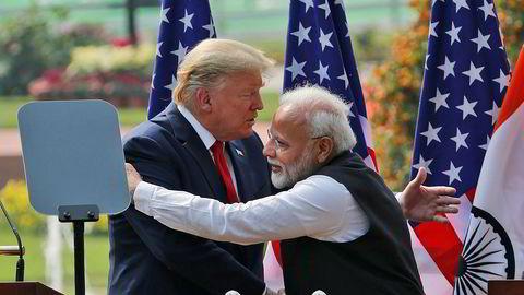 USAs president Donald Trump og Indias statsminister Narendra Modi i New Delhi i slutten av februar, før de fleste tok sosial distansering på alvor.