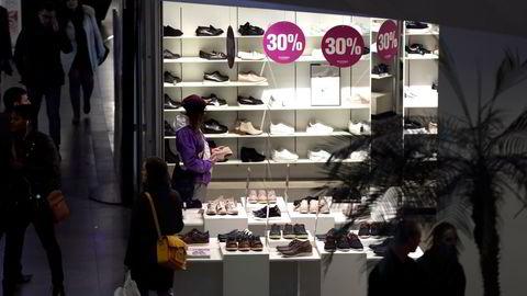 For femte år på rad har skobutikker en salgsnedgang. Nedgangen i fjor var kraftig som følge av koronautbruddet.