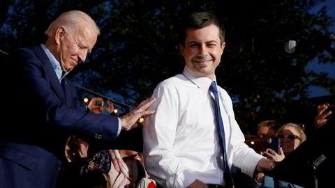 Tidligere visepresident Joe Biden og tidligere ordfører av South Bend Pete Buttigieg deltok under et valgkampmøte i Texas mandag kveld. Buttigieg har avsluttet kampanjen sin og støtter nå Biden.