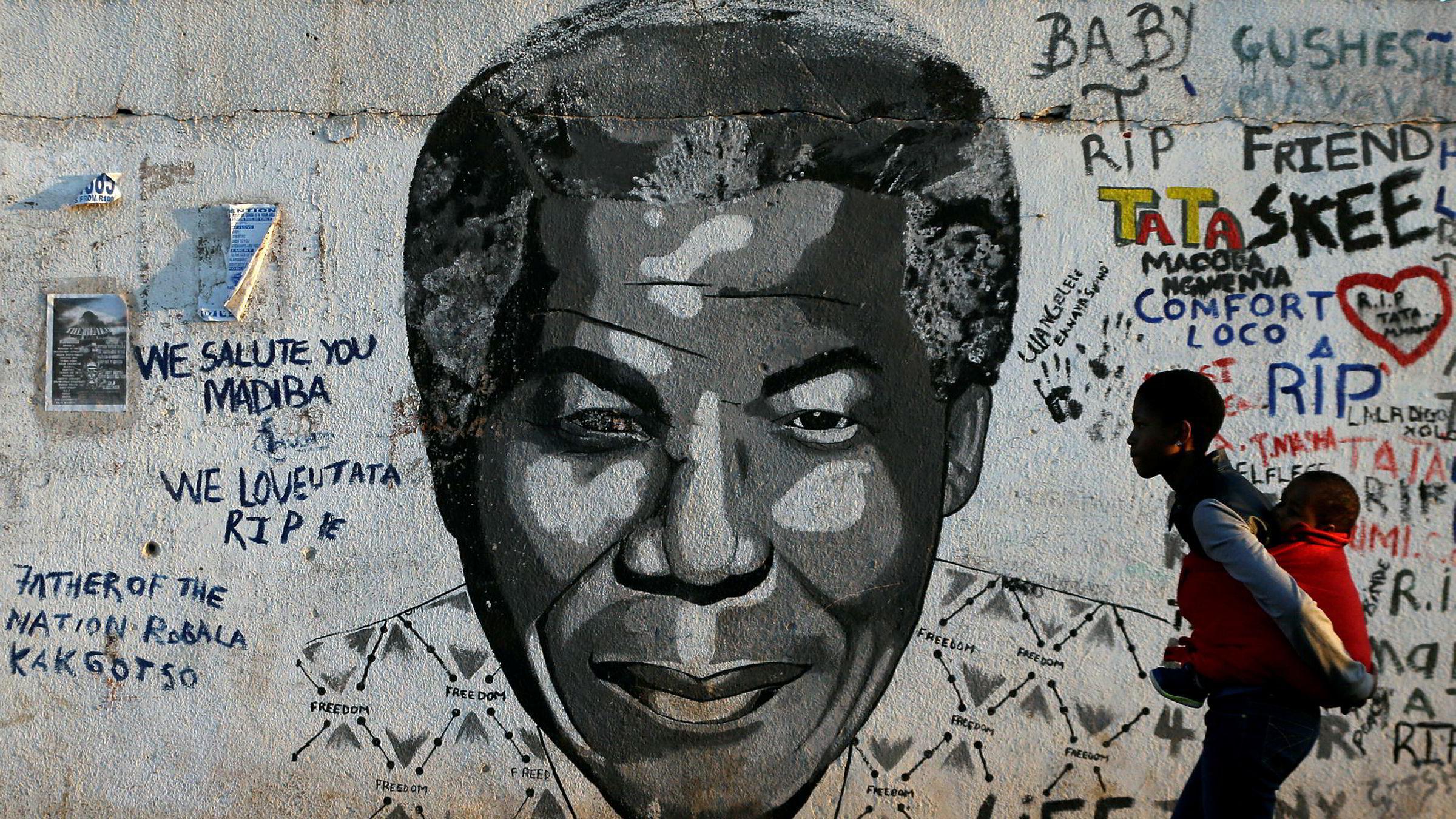 I en berømt tale i 2005 om tilstanden i verden sa Nelson Mandela, her på et veggmaleri i Johannesburg i Sør-Afrika: – Massiv fattigdom og urimelig ulikhet er forbannelser på linje med slaveriet og apartheid.