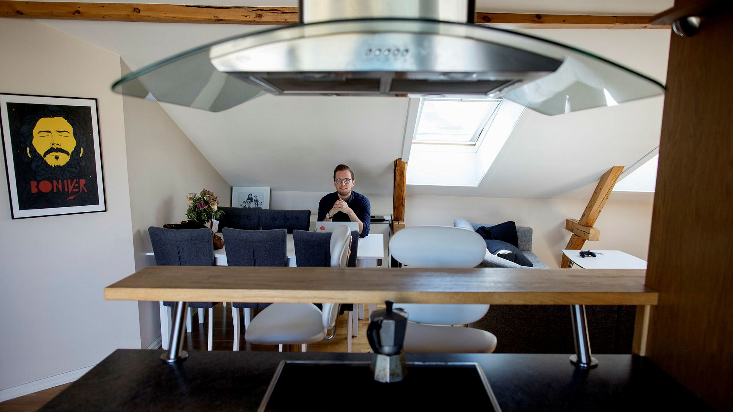 Krister Koen (29) utviklet selskapet Bolink ved siden av fulltidsjobben i Tieto, sammen med kompisen Joakim Dahlen, som han også bor med på Grünerløkka.– Vi hadde ingen garasje å starte opp i. Da ble leiligheten i Trondheimsveien kontoret vårt, sier Koen.