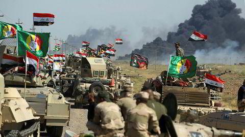 Irakiske styrker fra Hashed al-Shaabi-enheten rykket onsdag inn mot Hawija, den siste IS-kontrollerte byen i Irak.