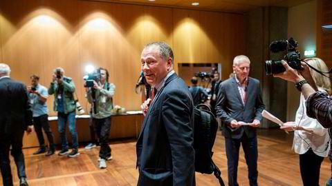 Nicolai Tangen på torsdagens pressekonferanse om ansettelsesavtalen han har inngått med Norges Bank.