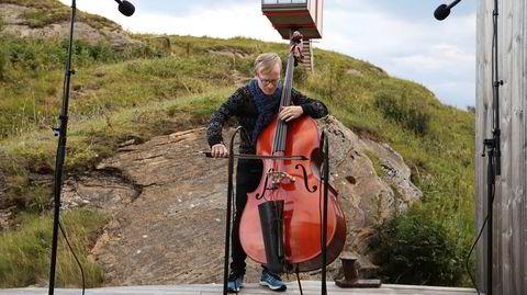 Sigurd Hole har dels spilt inn sin nye plate på The Arctic Hideaway, en isolert kunstnerretreat på Fleinvær utenfor Bodø.