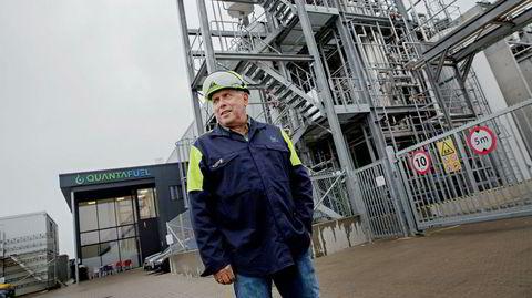 Ingen utenforstående slipper inn bak gjerdene ved Quantafuels nye fabrikk på Jylland, som kjemiker og gründer Erik Fareid begynte å tenke ut for 13 år siden. – Det er blitt mye finere enn jeg hadde tenkt.