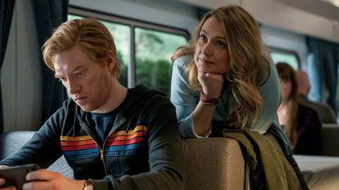 Billy (Domhnall Gleeson) og Ruby (Merritt Wever) blir sammen igjen, 17 år etter at de gjorde det slutt. Men er dette en god idé, en desperat løsning eller kanskje begge deler?