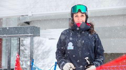 Camilla Sylling Clausen, generalsekretær i Alpinanleggenes Landsforening, sier hun er meget godt fornøyd med vinteren til tross for færre folk i bakkene.