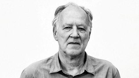 Ekte Werner. Bindsterke verk er skrevet om Werner Herzogs virkelighetshåndtering på film. Også i høstens dokumentar «Meeting Gorbachev» slår den prisbelønnede tyskeren et slag for «poetisk, ekstatisk sannhet».
