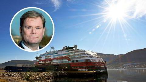 Driftsdirektør Bent Martini i Hurtigruten gikk på kort varsel midlertidig av den 7. august, mens den eksterne granskningene pågikk.