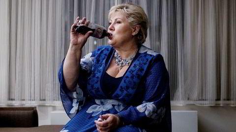 Erna Solberg kommer til å bli hardt presset på å senke avgiftene på noe mer enn lettbrus.