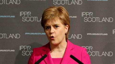 Den skotske ministeren Nicola Sturgeon, her mens hun snakker under en konferanse i regi av en tenketank i fjor sommer.