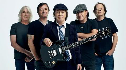 G'day mate! AC/DC i 2020: Cliff Williams (fra venstre), Phil Rudd, Angus Young, Brian Johnson og Stevie Young.