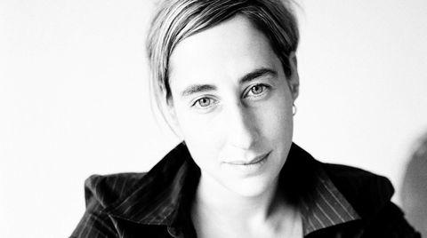 Den tyske forfatteren Judith Hermann går stille i dørene, men berører dypt med sin nye roman.