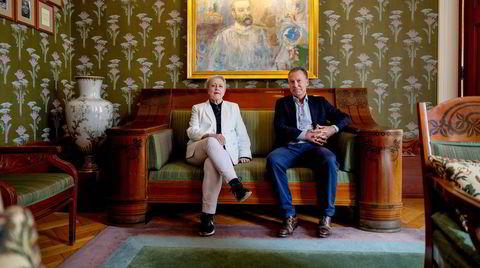 Berit Reiss-Andersen, leder av Nobelkomiteen, og Olav Njølstad, direktør i Nobelinstituttet, har siden 2019 vært i hemmelige samtaler med Stortinget om økt pengestøtte.