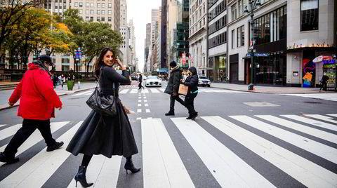 Finansdistriktet i Midtown på Manhattan i New York ble stengt ned grunnet korona i mars. Da hadde Vaishali Lara Kathuria nettopp sagt opp jobben i Oljefondet og ville i stedet analysere og plukke aksjer i et privat fond i samme nabolag. En dag vil hun starte eget fond.