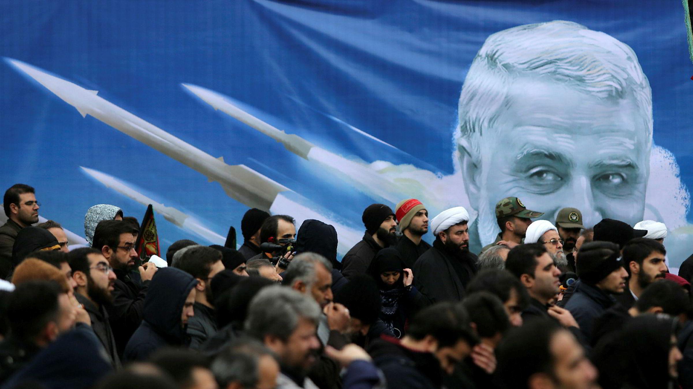 Demonstrasjoner i Teheran, Iran, har etterfulgt drapet på generalen Qasem Soleimani natt til fredag 3. januar. Både i Iran og i USA har angrepet vekket sterke reaksjoner.