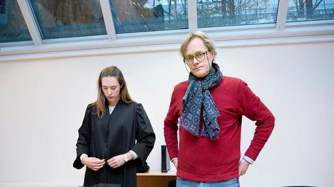 Norwegian Wood-gründer Jørgen Roll og hans advokat Kaja Stolpestad Kapstad i Advokatfirmaet Haavind.