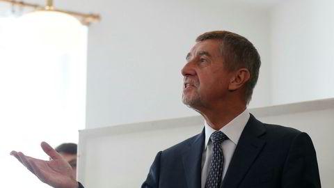 Den tsjekkiske milliardæren Andrej Babis og hans ANO-bevegelse ligger an til å vinne valget i Tsjekkia.