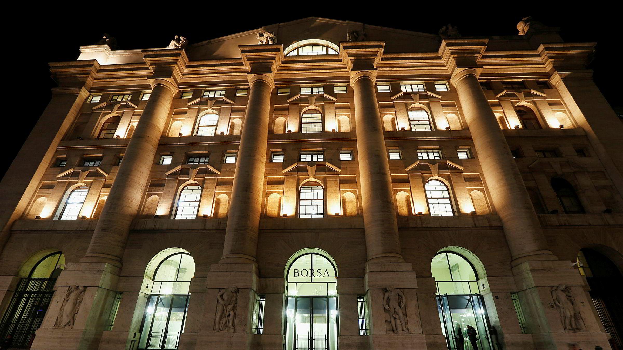 Milano-børsen åpner ned etter det uavklarte valget i Italia.