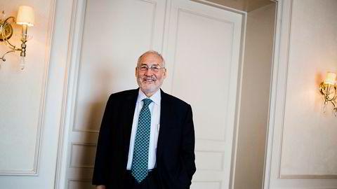 Nobelprisvinner i økonomi, Joseph Stiglitz (75), er kritisk til bruk av kryptovaluta.
