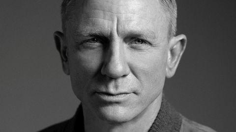 Siste dans. Daniel Craig har aldri lagt skjul på sitt elsk-hat-forhold til James Bond – likevel har han påtatt seg rollen hele fem ganger, men nå lover han «No Time To Die» blir hans aller siste som agent 007. Filmen har premiere i Norge 3. april.