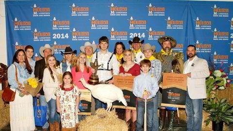 Våren 2014 var Statoil med på å vinne budrunden for en kalkun under Houston Livestock Show & Rodeo. Prisen endte på 115.000 dollar, eller 700.000 kroner etter datidens kurs. Gutten med hvit skjorte bak kalkunen er Andrew Horacefield, en 18-åring fra Crosby, Texas som hadde avlet opp kalkunen.