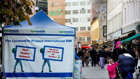 Økokrim slo til mot minst en distributør for telekortselskapet Lycamobile, et selskap som de siste årene har vært godt synlig i gatebildet i Oslo. En person er siktet for grov hvitvasking og en annen person er fortsatt på frifot.