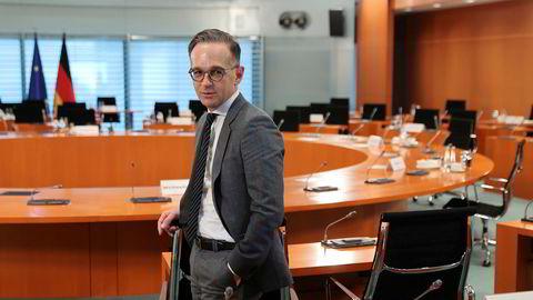 Den tyske utenriksministeren Heiko Maas sier han beklager at USA trekker seg fra våpenkontrollavtalen Open Skies. Fredag skal Nato ha møte om situasjonen.
