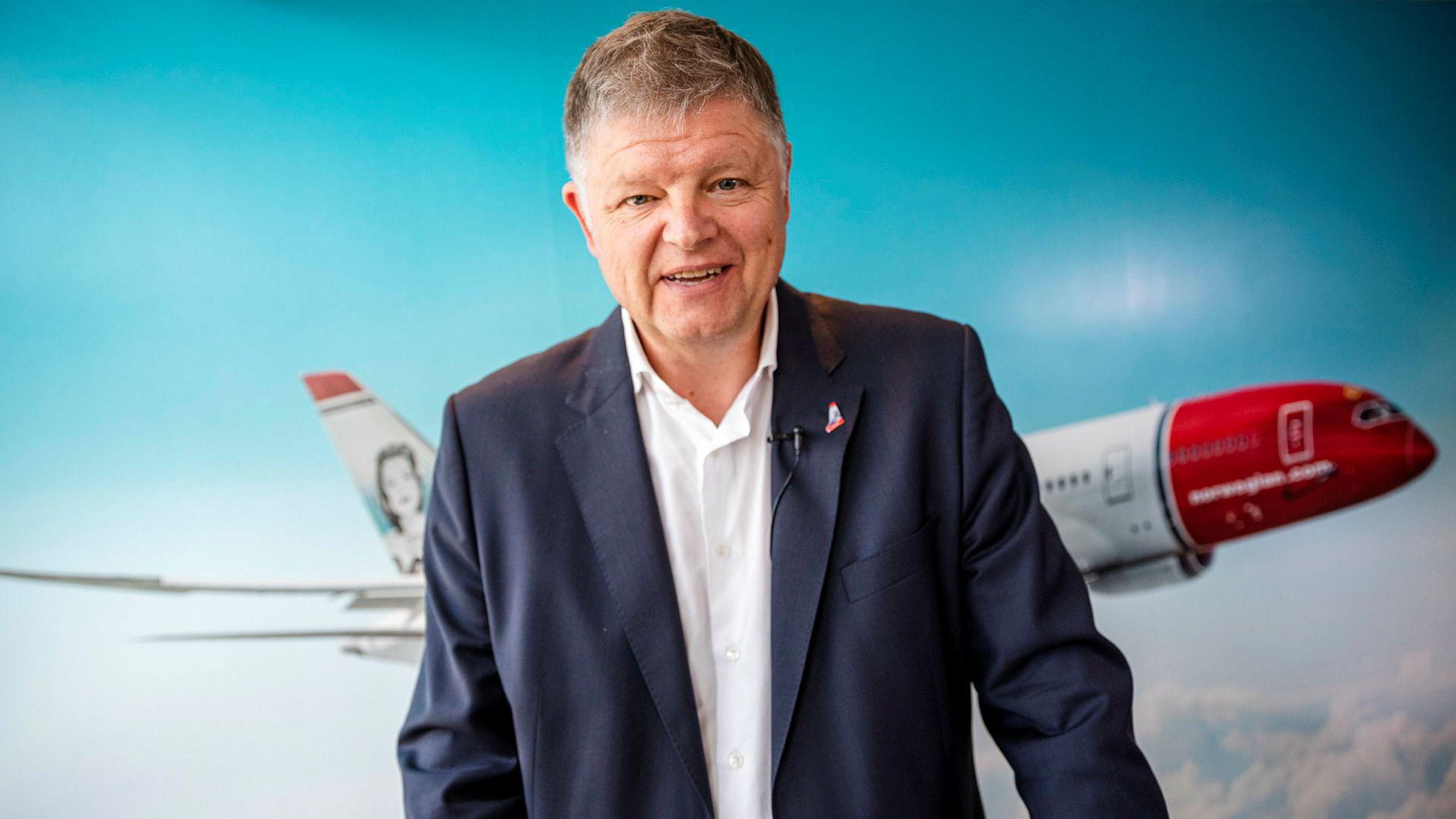 Norwegian sjef Jacob Schram har pressekonferanse etter generalforsamlingen.