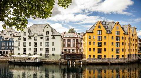 Hotel Brosundet i Ålesund har nær perfekt beliggenhet midt i byen.