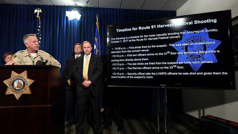 Sheriff Joseph Lombardo holder pressekonferanse om nye funn i massedrapsaken i Las Vegas.
