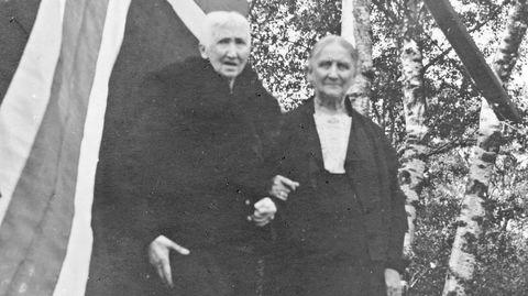 Verdens første selvgjorte kvinnelige skipsredere, Hanna Brummenæs og Bertha Torgersen, levde sine liv sammen i Haugesund.