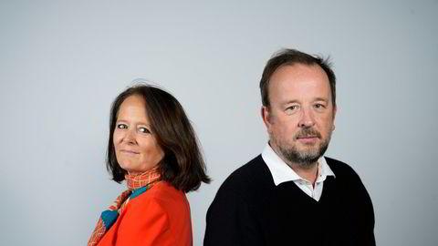 Eva Grinde, Kommentator i Dagens Næringsliv og Frithjof Jacobsen, politisk redaktør i Dagens Næringsliv med ny podkast: Den politiske situasjonen. Foto: Fartein Rudjord
