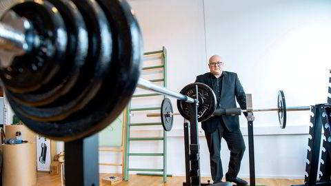 Visningsrommet til sportskonsernet Mylna gruppen ser ut som et treningsstudio. Når treningssentrene stengte, opplevde Thomas Weman en ekstrem etterspørsel etter hjemmetreningsprodukter.