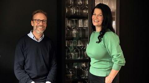 Thomas Giertsen og Merete Bø snakker om albariño i podkasten Jeg kan ingenting om vin.
