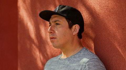 Urban indianer. Tommy Orange skildrer moderne, urbane indianere i sin egen fødeby Oakland. Så gjenstår det å se om han etter hvert får råd til å flytte tilbake.