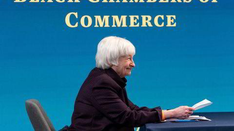 USAs finansminister Janet Yellen tar til orde for en global minimumsskatt for multinasjonale selskaper.